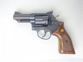 """Taurus 66 4"""" 357 Mag."""