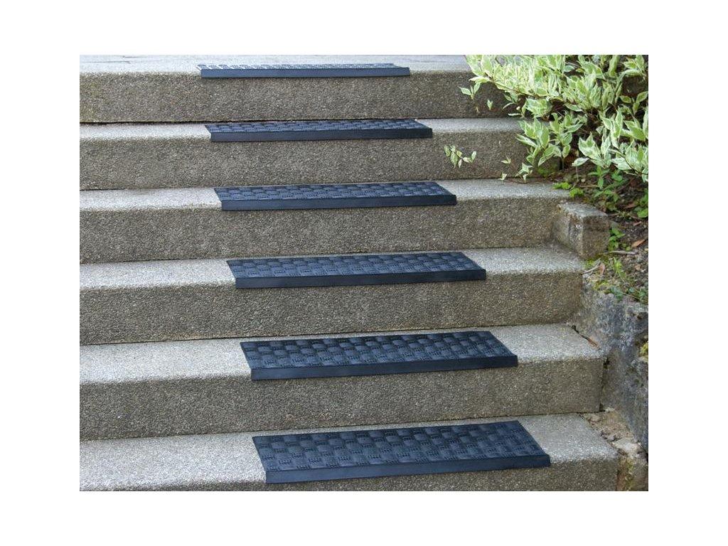 Gumový nášlap na schody 75 x 25 cm  4 mm (Barva černá, Typ dezén rýhy)