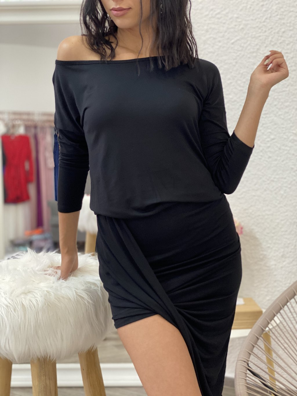 Šaty asymetrické s 3/4 rukávem černé