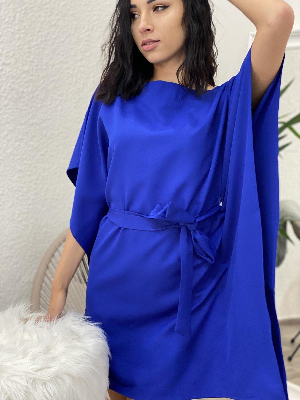 Šaty s vázáním v pase modré