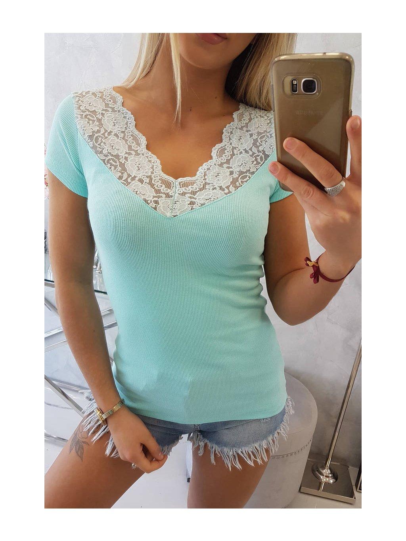 Tričko s krajkou ve výstřihu mint