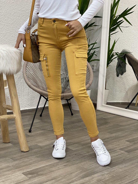 Kalhoty Sofia žluté s kapsami