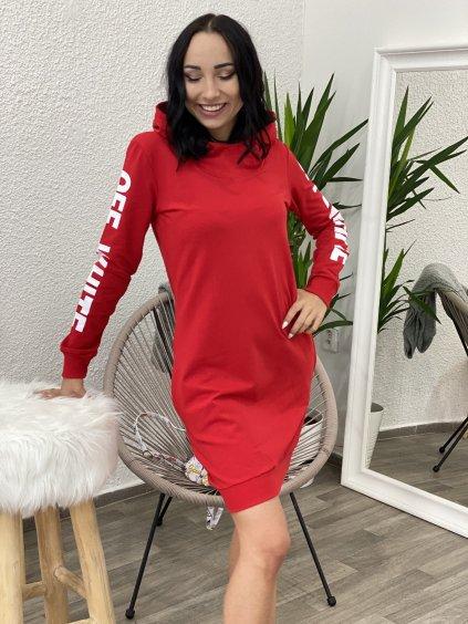 Mikinové šaty s nápisem červené