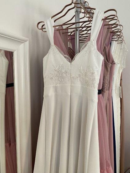 Šaty dlouhé s krajkovým vrškem Melani bílé