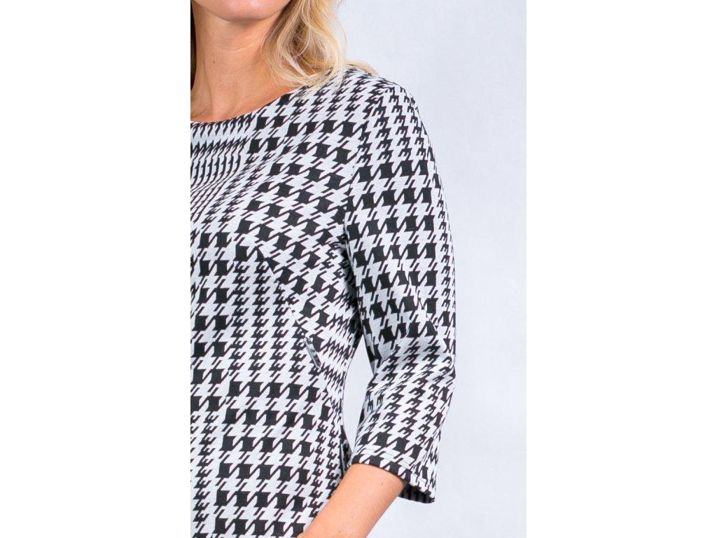 165b834d776 Dámské černobílé šaty s 3 4 rukávem - Noel boutique