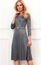 Dámské úpletové šaty s rozšířenou sukní