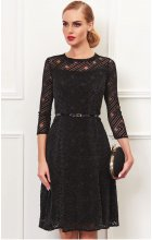 Černé krajkové šaty do společnosti