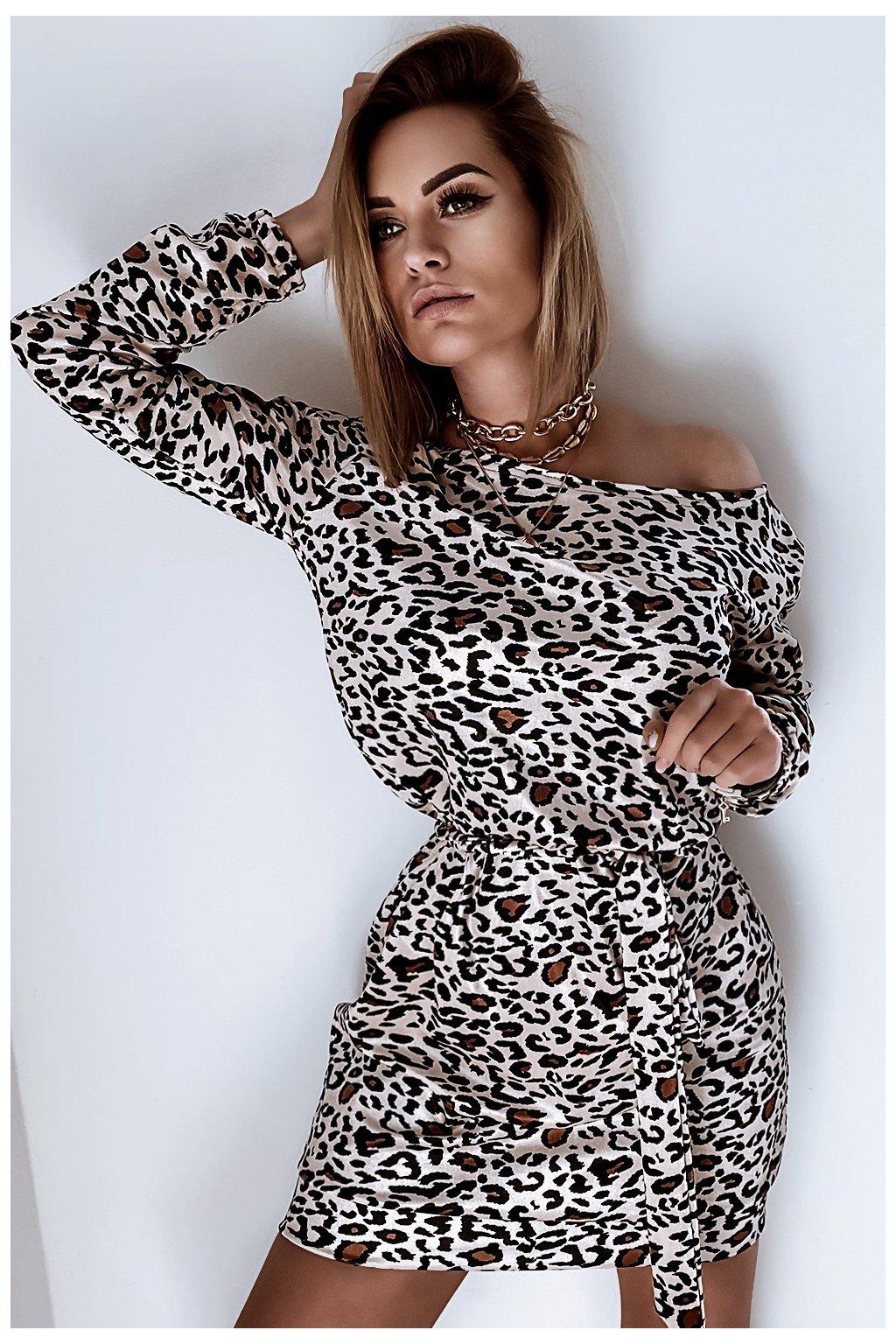 Voľné zamatové šaty s opaskom - Panther