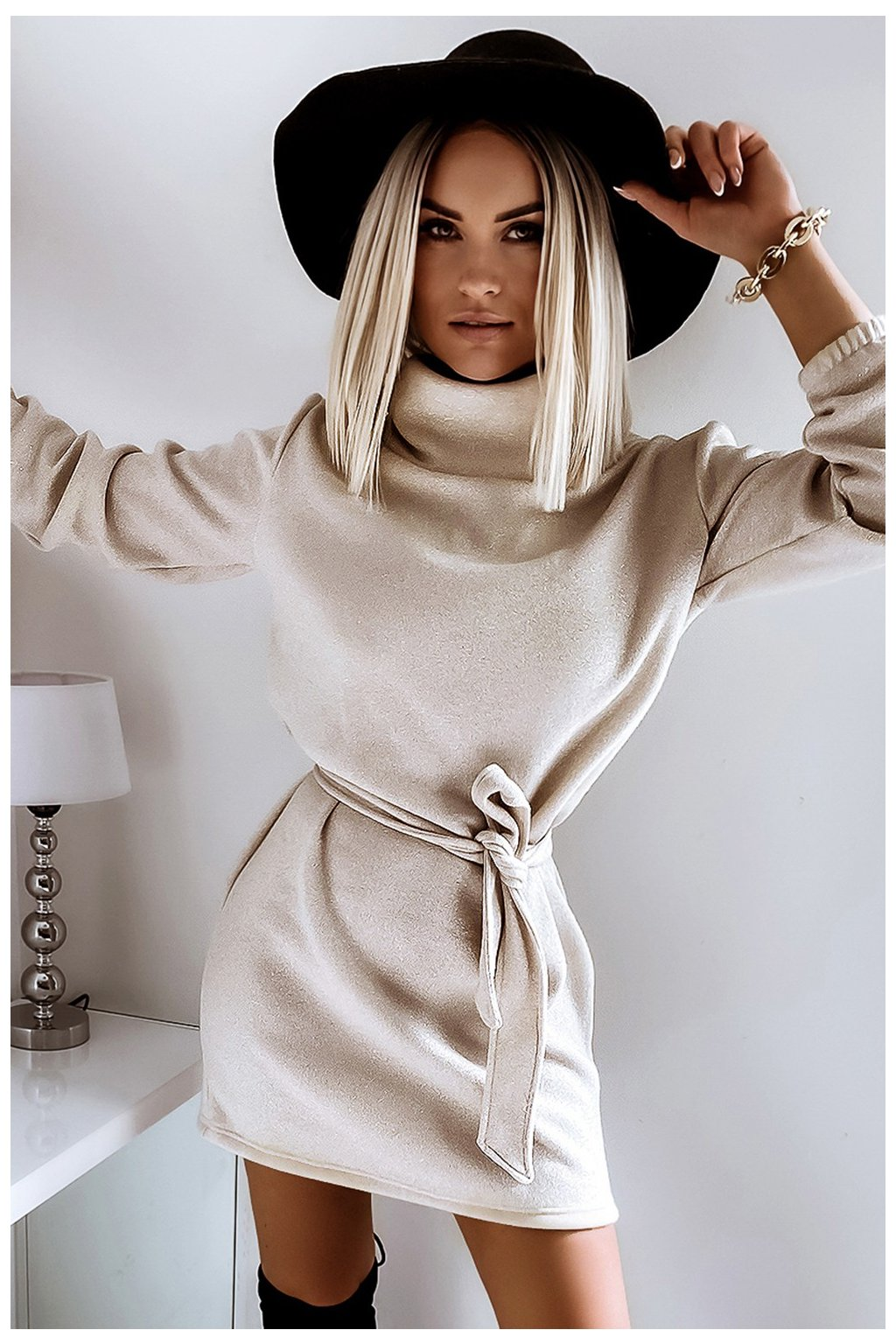 Teplučké jesenné šaty s opaskom - X Gold