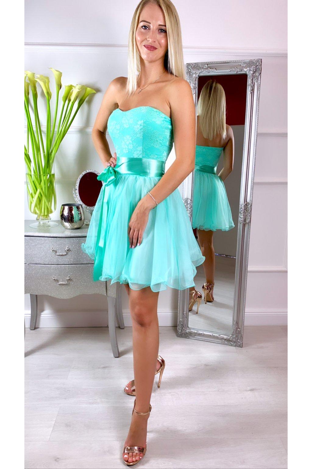 LEA krátke čipkované spoločenské šaty Mentol