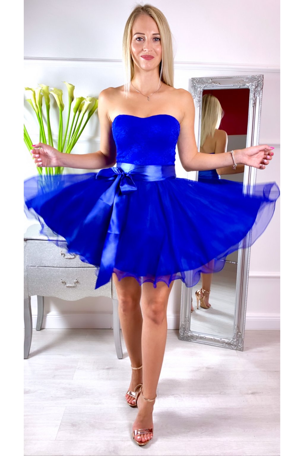 LEA krátke čipkované spoločenské šaty ROYALBlue