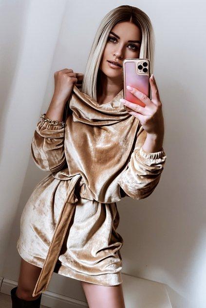 Voľné zamatové šaty s rolákom - Gold