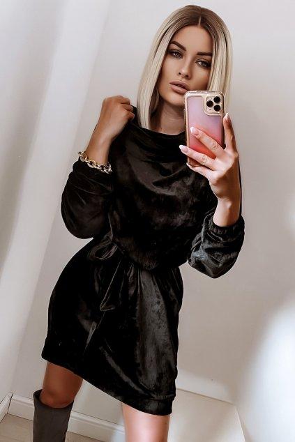 Voľné zamatové šaty s rolákom - Black