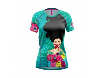 S21096102D 00 X086 T SHIRT MOUNTAIN FLASH WOMAN HULYA APPLE 1920px
