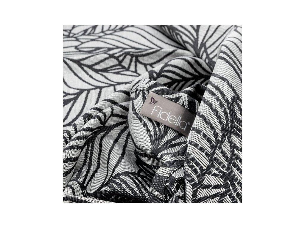 Šátek na nošení dětí Fidella – Dancing Leaves black & white
