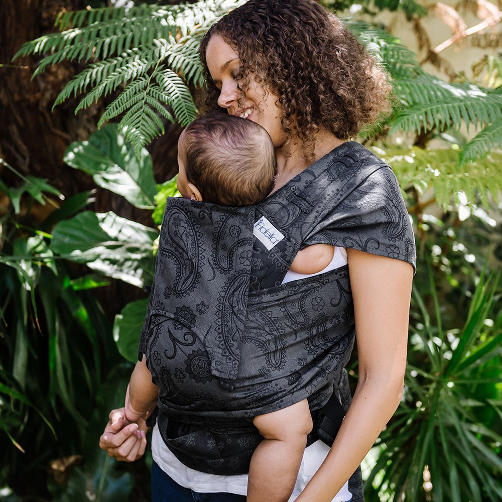 fidella-flyclick-baby-carrier-classic-persian-paisley-charming-black~7