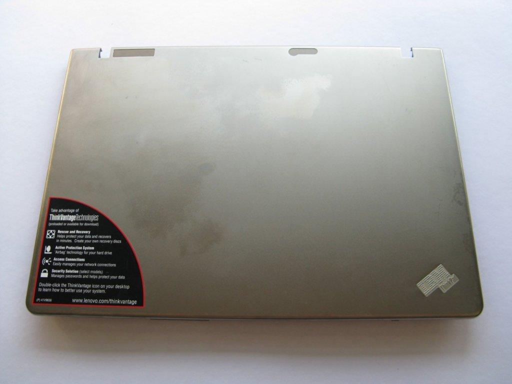 Zadní kryt LCD pro Lenovo ThinkPad Z61M