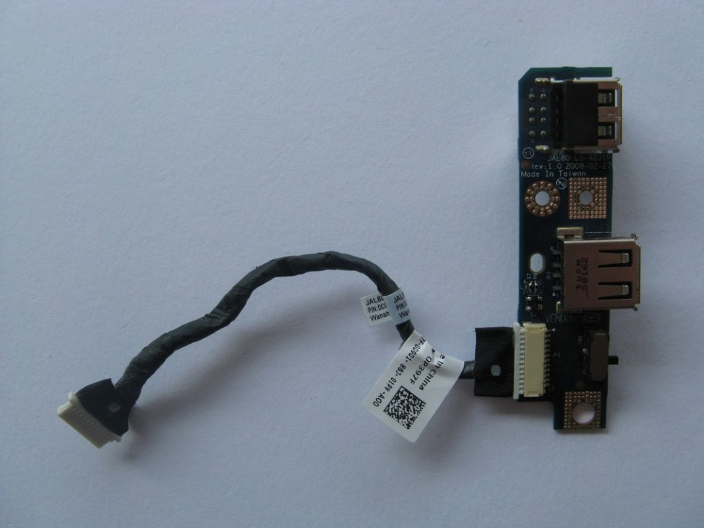 USB konektory pro Dell Vostro 1310