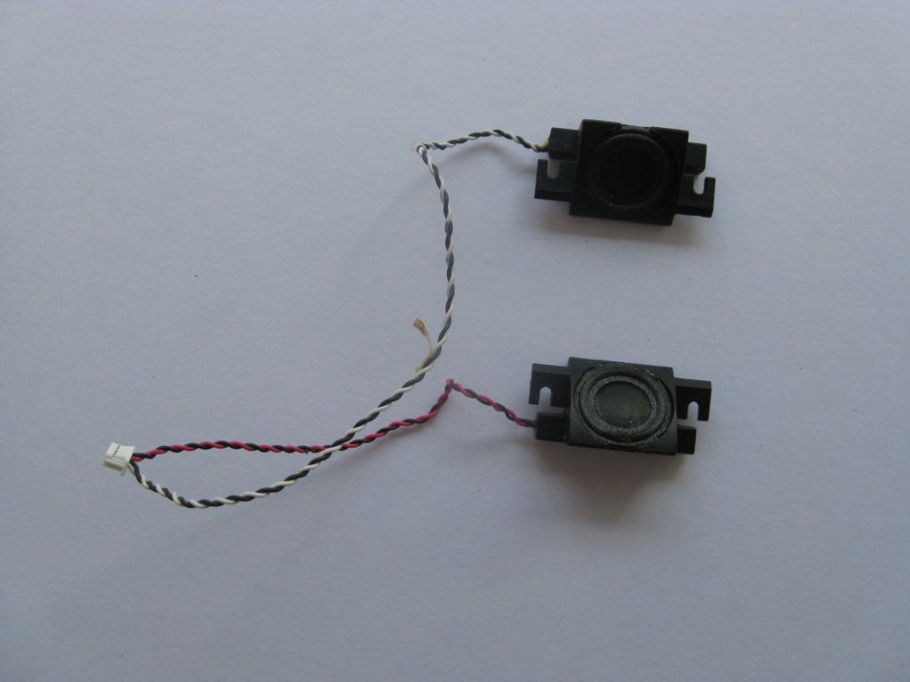 Reproduktory pro Asus X80L