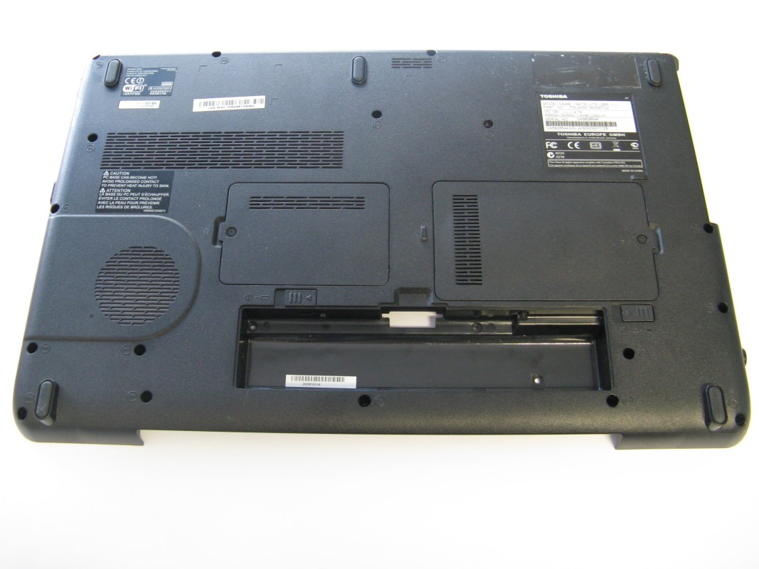 Spodní kryt pro Toshiba Satellite L555-11U