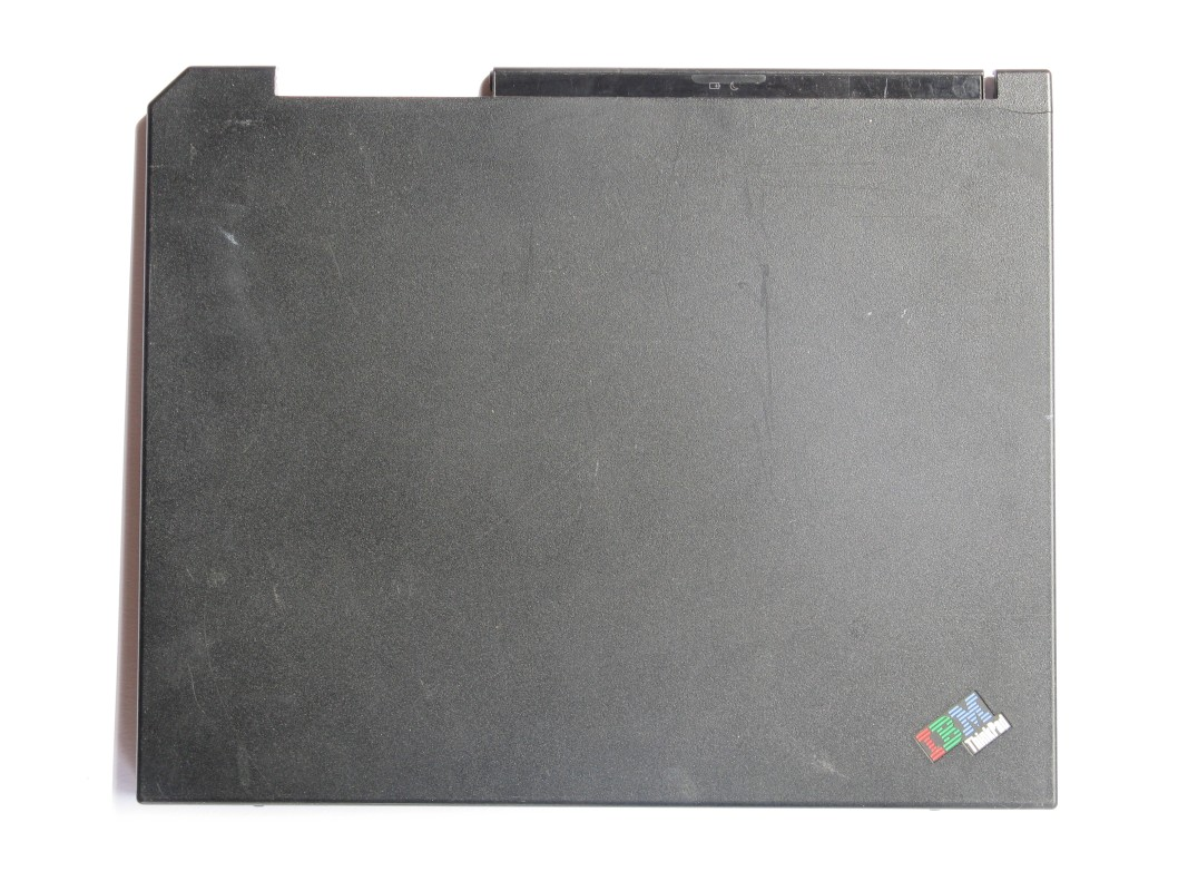 Zadní kryt LCD pro IBM ThinkPad R40