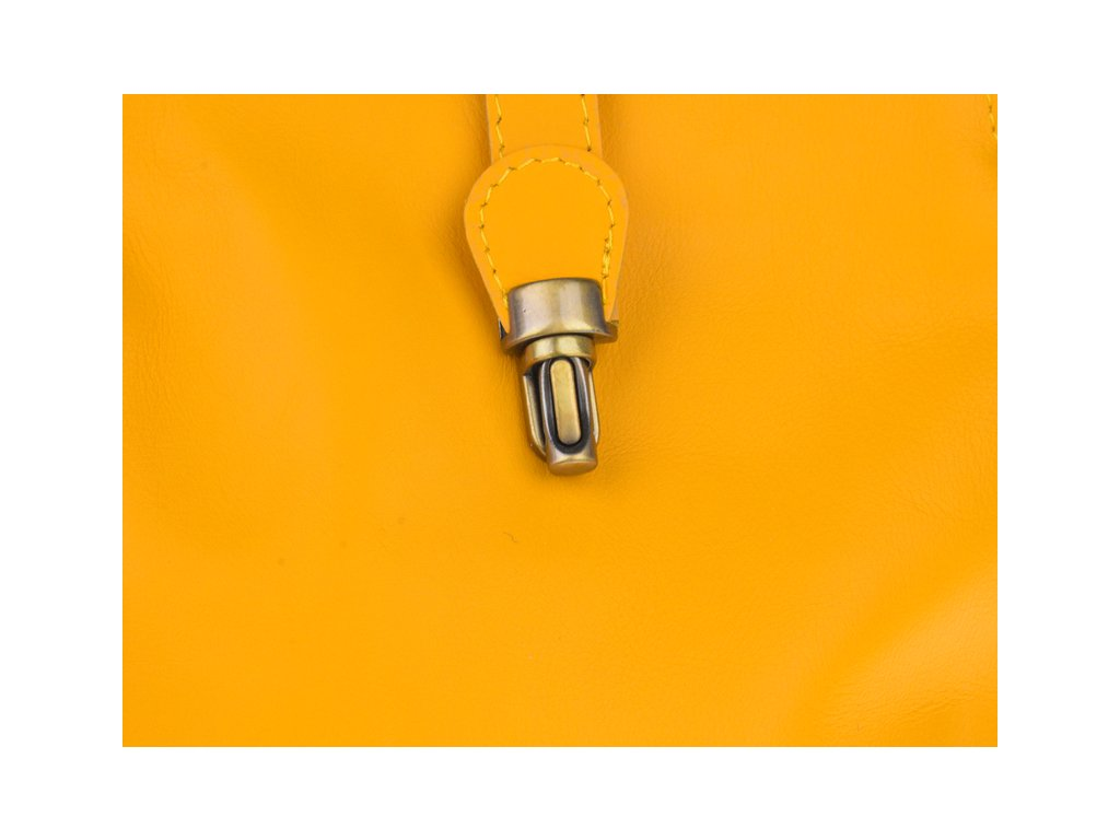 4596 piazza gialla