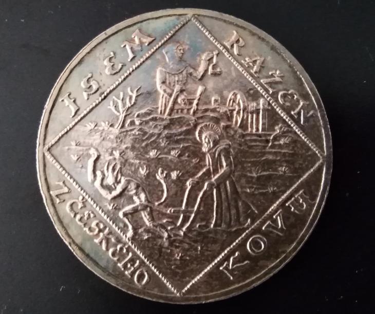 Mince - jsem ražen z českého kovu