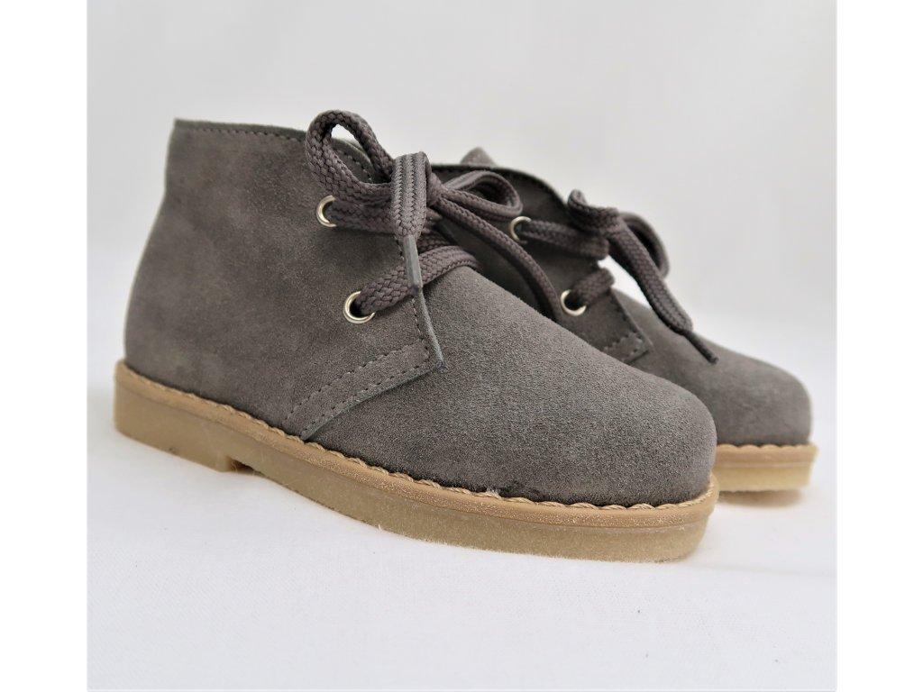 Semišové topánky šedé 1