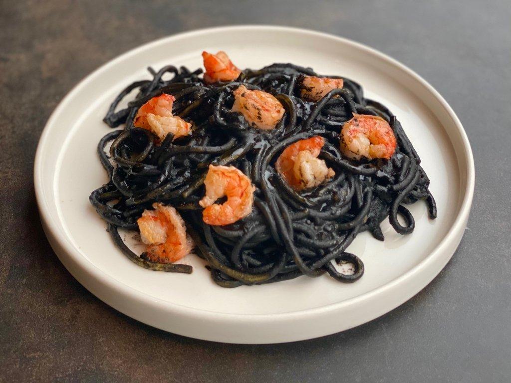Spaghetti nero krevety