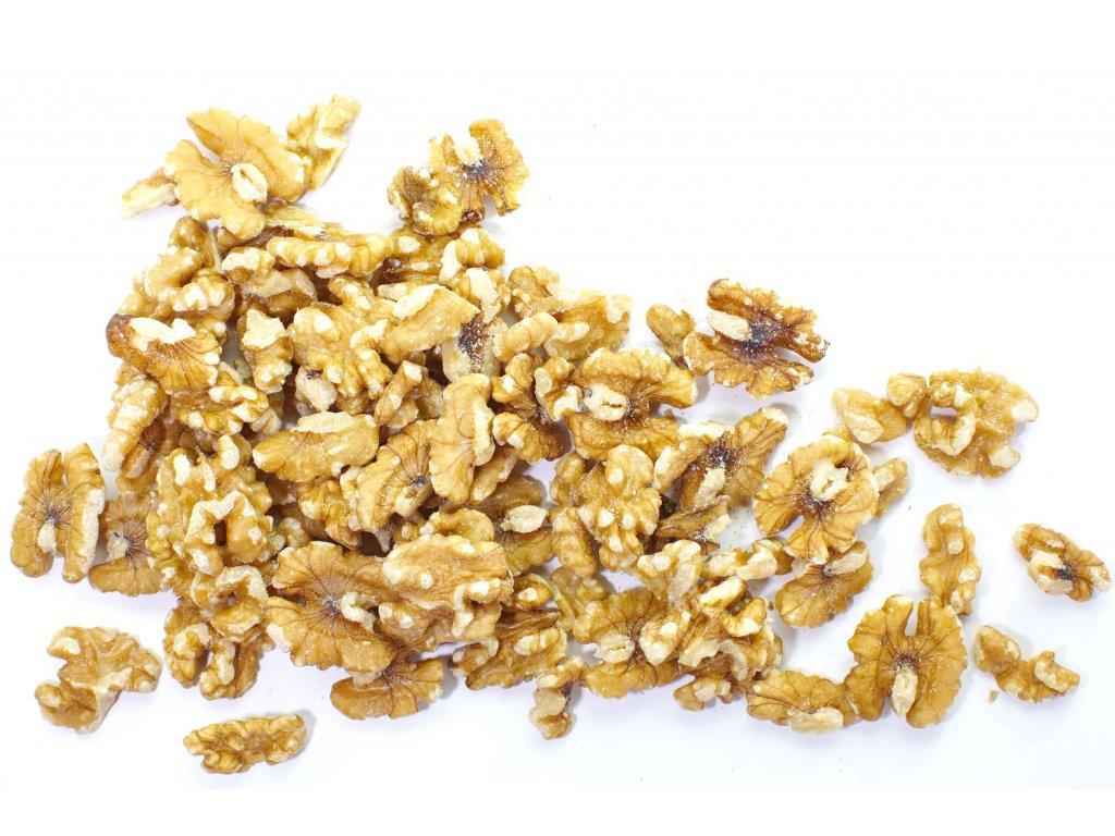 Levně FARMLAND Vlašské ořechy 40% LHW 200g