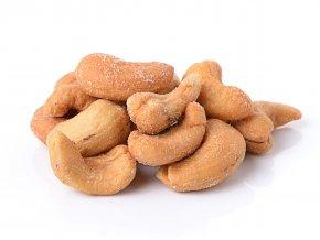 Kešu orechy pražené solené FARMLAND bez obalu