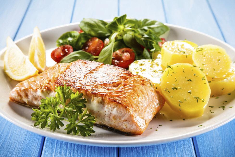 3633610-img-ryba-obed-jidlo-v0