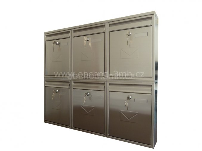 Poštovní schránka COMO v sestavě