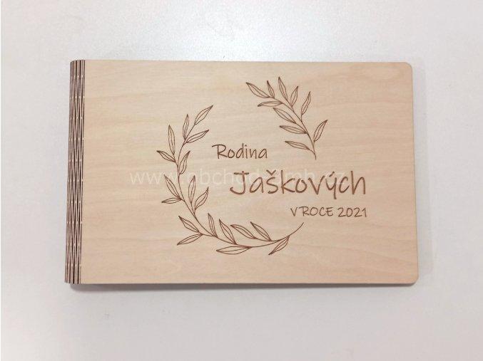 Dřevěné fotoalbum RODINNÉ
