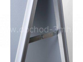 Reklamní áčko A2, ostrý roh, profil 32mm, metalová záda, zvýšená odolnost proti vlivům počasí