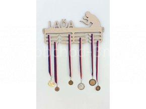 Věšák na medaile - dřevěný se jménem - Ping-pong
