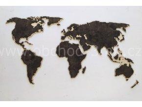 Nástěnná dřevěná MAPA SVĚTA - s přírodním podkladem a mořenou mapou EBEN