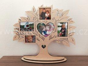 Fotorámeček - Dřevěný strom stojící