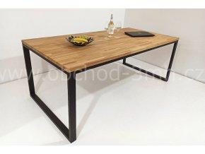 Jídelní stůl ECHT - masivní dub