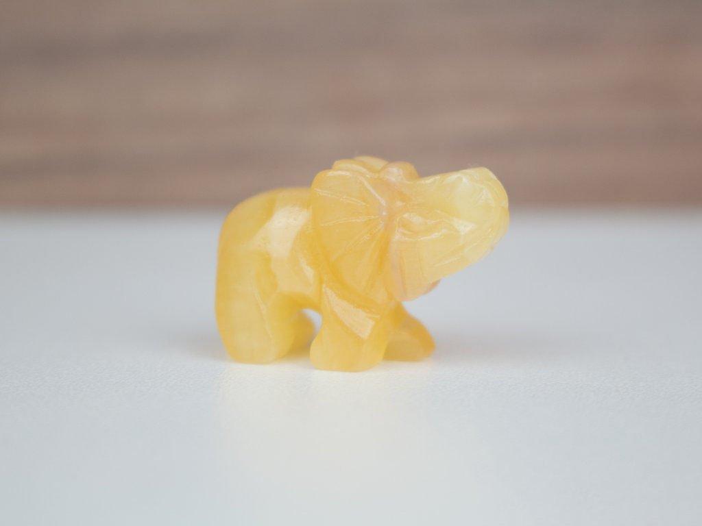 Slon malý - kalcit