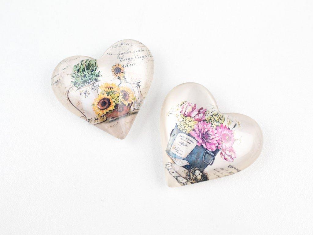 Magnet - srdíčko s květinami