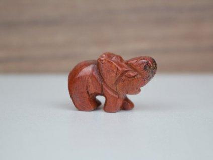 Slon malý - jaspis červený