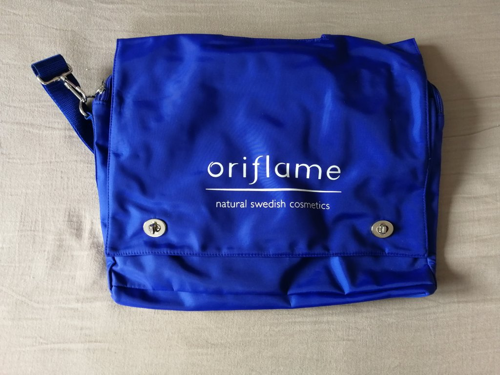 Oriflame - Taška na dokumenty a vzorky (9070)