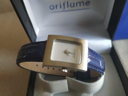 Oriflame - Dámské hodinky v dárkovém balení (9951)