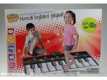 piano na podlahu