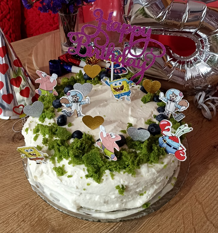 K. Magurová - zapichovátka SpongeBob, srdiečka a Happy Birthday