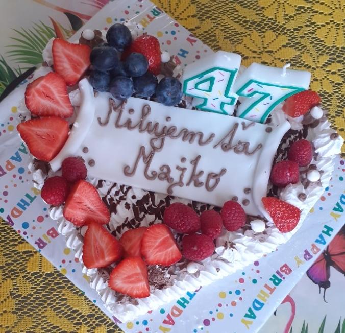 A. Miklova - penová torta