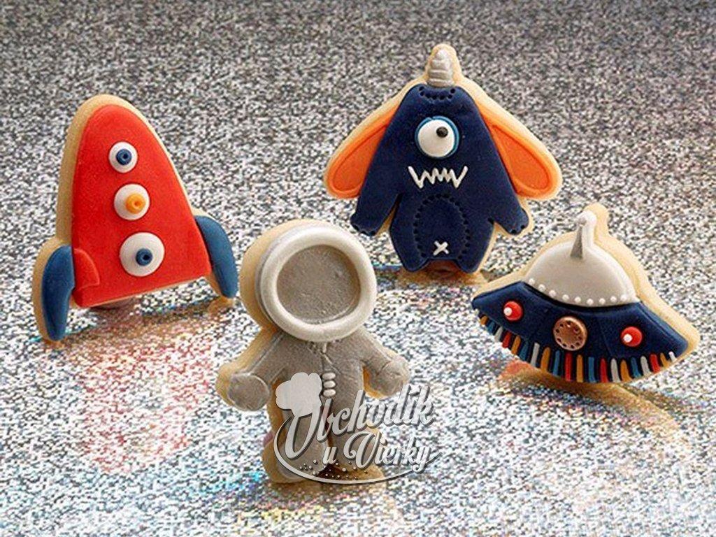 KOZMONAUT RAKETA UFO piestové vypichovače 4 ks 2