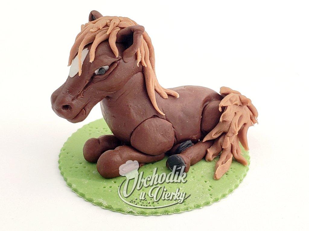 Koník jedlá figúrka na tortu HNEDÝ