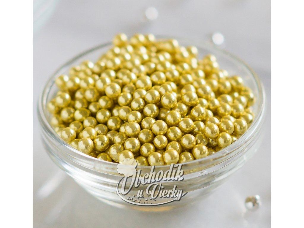 Zlaté guličky na zdobenie